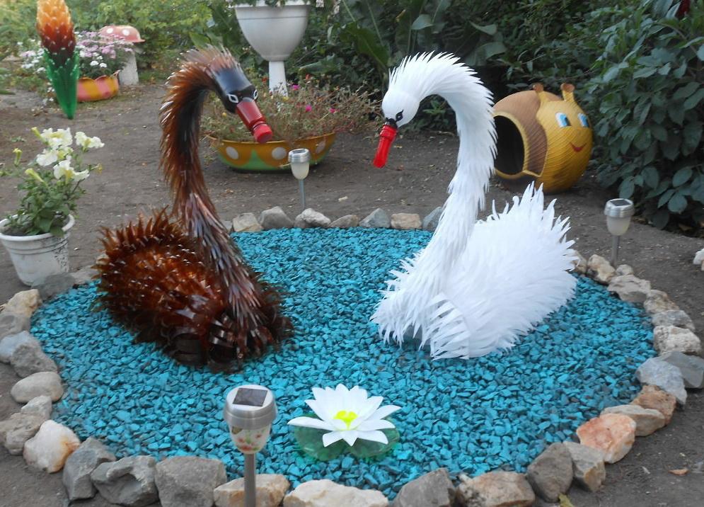 Поделки из пластиковых бутылок для сада и огорода фото и описание лебедь 89