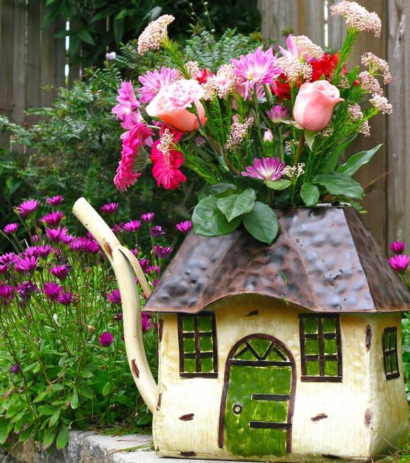 клумба чайный домик