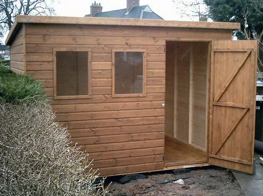 где разместить хозяйственные постройки на даче